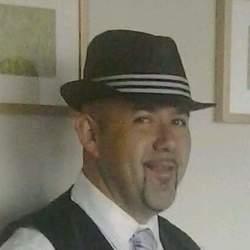 Carlos - Urbansocial.com Member