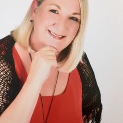 Cindy - Urbansocial.com Member
