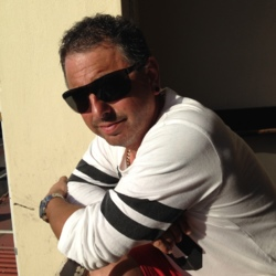 Claudio - Urbansocial.com Member