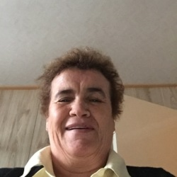 Debbie - Urbansocial.com Member
