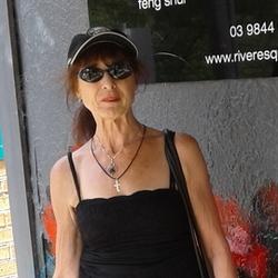 Gayle - Urbansocial.com Australia Member