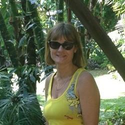 Helen - Urbansocial.com Member