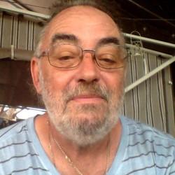 Ian - Urbansocial.com Member