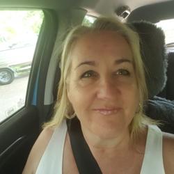 Julie - Urbansocial.com Member