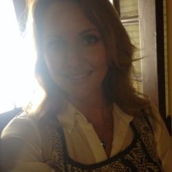 Lisa - Urbansocial.com AU Member