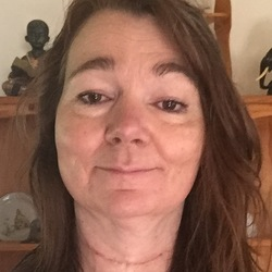 Lynda - Urbansocial.com Member