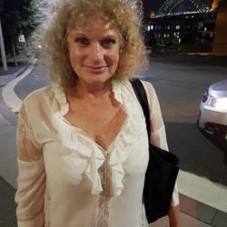 Rosie - Urbansocial.com Member