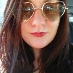 Sarah - Urbansocial.com Member
