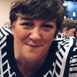 Sharon - Aussiesocial.com Member