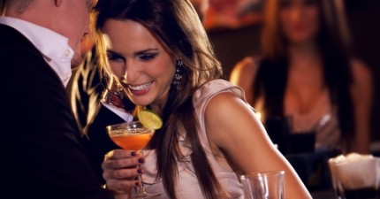 top 10 tips for a safe first date