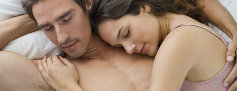 Секс ночь в кровать поздней фото 612-398