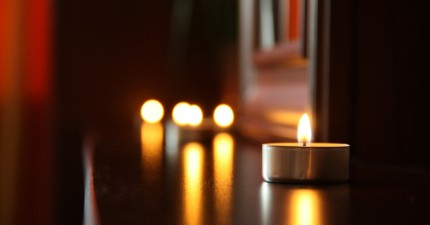 love-romantic-date-candlelight-large