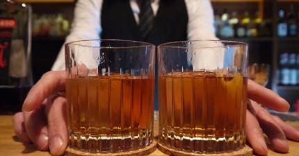 bartender with cocktails